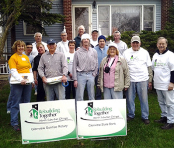 Rebuilding-Together-North-Surburban-Chicago_Mission_33-350x299