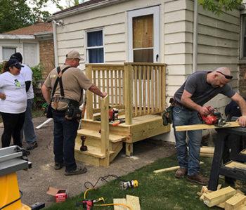 Rebuilding-Together-North-Surburban-Chicago_2017-350x299
